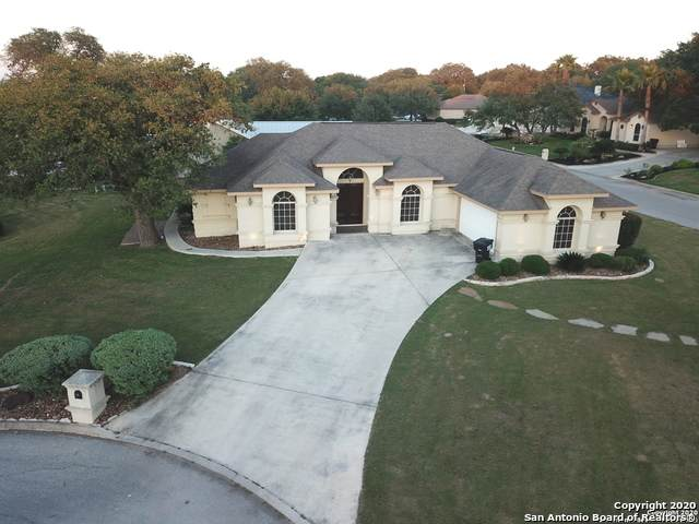101 Lynx, Devine, TX 78016 (MLS #1453352) :: The Glover Homes & Land Group