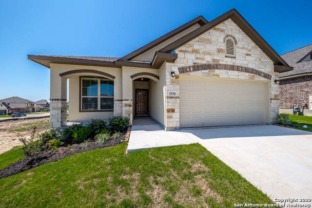 1541 Spechts Ranch, New Braunfels, TX 78132 (MLS #1455243) :: Alexis Weigand Real Estate Group