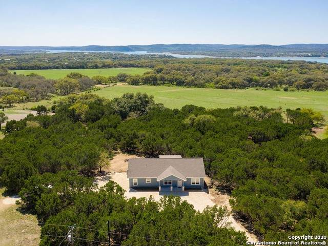 188 Ridge View Dr, Lakehills, TX 78063 (MLS #1455546) :: Concierge Realty of SA