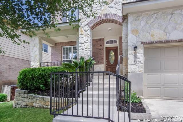 25115 Buttermilk Ln, San Antonio, TX 78255 (MLS #1456880) :: The Gradiz Group