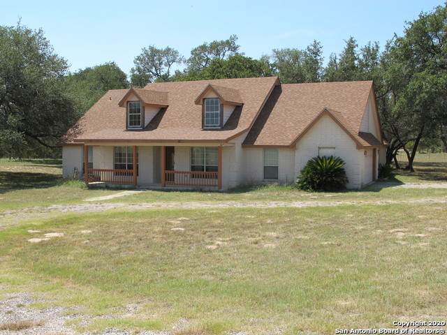 206 Tipperary Ln, Floresville, TX 78114 (MLS #1459175) :: Concierge Realty of SA