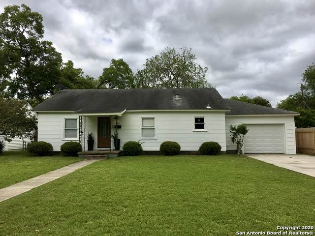 1021 Bismark St, Seguin, TX 78155 (MLS #1459493) :: The Glover Homes & Land Group
