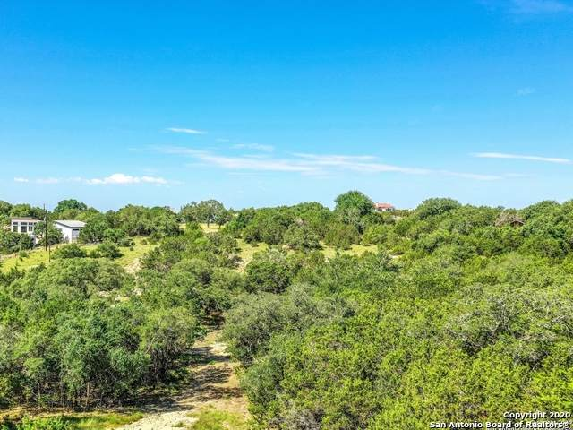725 Stallion Estates Dr, Spring Branch, TX 78070 (MLS #1460378) :: Reyes Signature Properties