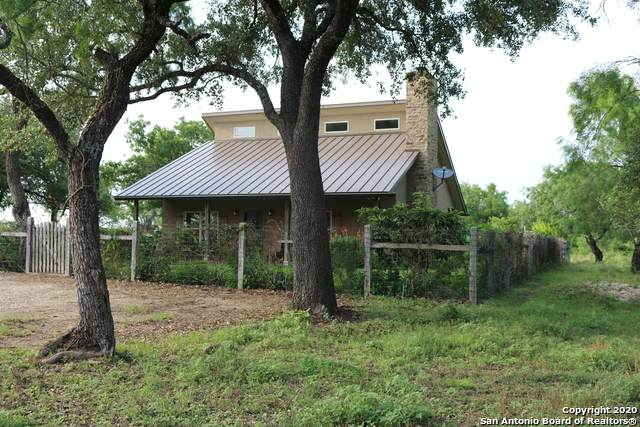281 Cr 475, Castroville, TX 78009 (MLS #1460388) :: Reyes Signature Properties
