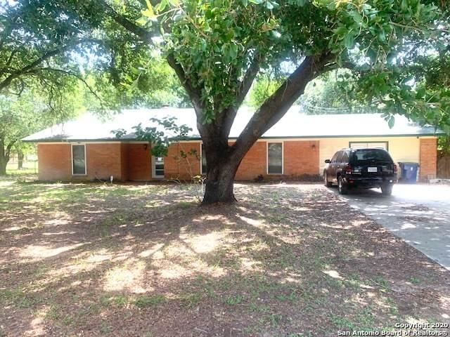 1514 Encino Dr, Pleasanton, TX 78064 (MLS #1462808) :: Alexis Weigand Real Estate Group