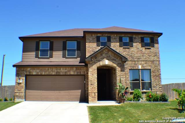 2096 Oxbow Circle, New Braunfels, TX 78130 (MLS #1463695) :: Alexis Weigand Real Estate Group