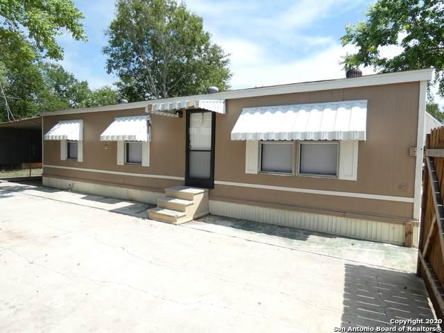 5475 Bronco Billy, San Antonio, TX 78222 (MLS #1465141) :: The Castillo Group