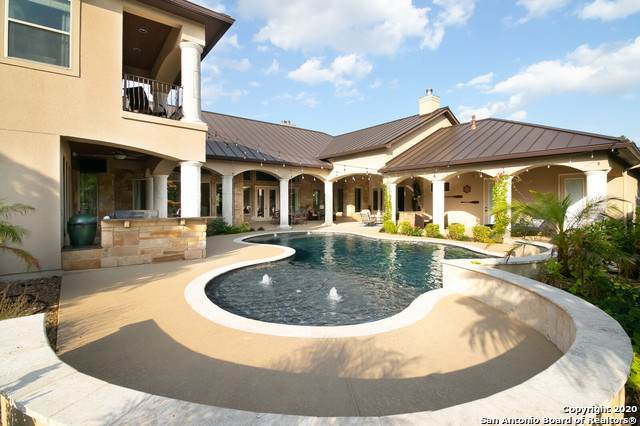 31300 Keeneland Dr, Fair Oaks Ranch, TX 78015 (MLS #1466257) :: Reyes Signature Properties