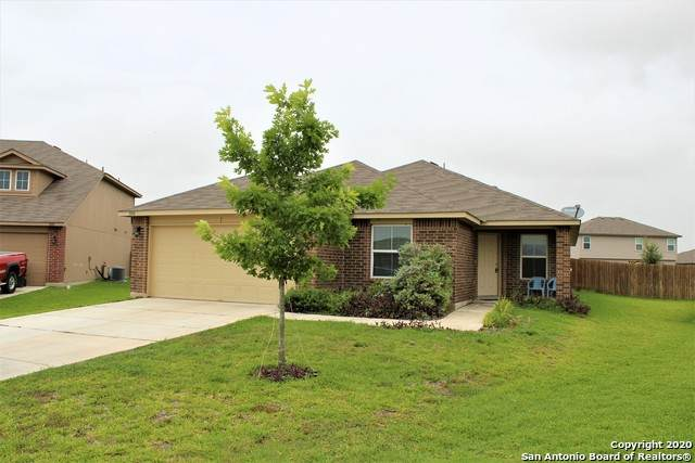 1004 Bromley Ct, Seguin, TX 78155 (MLS #1466527) :: Alexis Weigand Real Estate Group