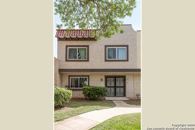 6627 Crown Ridge, San Antonio, TX 78239 (MLS #1468019) :: Reyes Signature Properties
