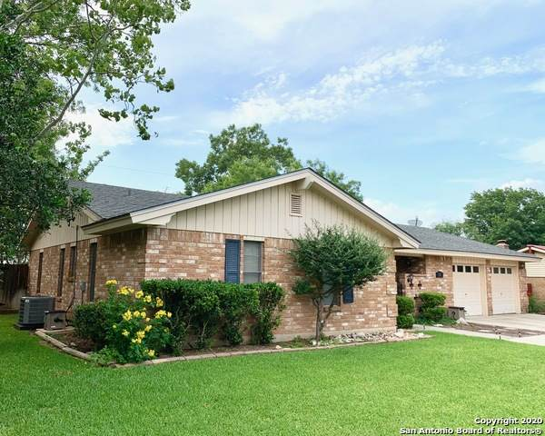 310 W Tanglewood Dr, New Braunfels, TX 78130 (MLS #1468050) :: The Real Estate Jesus Team