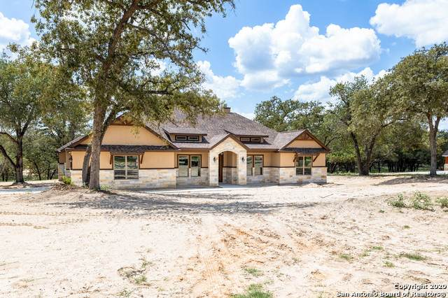 144 Hidden Pond Dr, Adkins, TX 78101 (MLS #1469875) :: Alexis Weigand Real Estate Group
