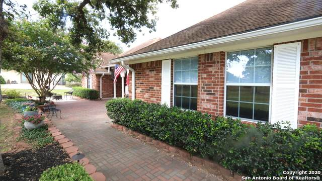 1253 Hillside Oaks Dr, La Vernia, TX 78121 (MLS #1469997) :: Alexis Weigand Real Estate Group