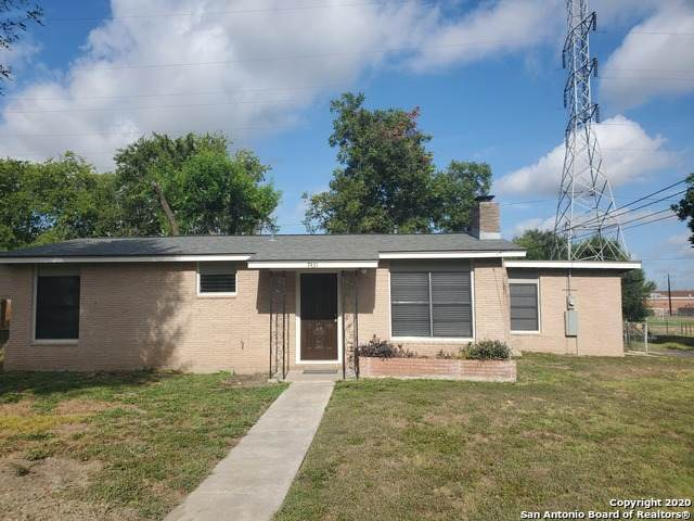 7431 Dell Oak Dr, San Antonio, TX 78218 (MLS #1473100) :: The Lugo Group
