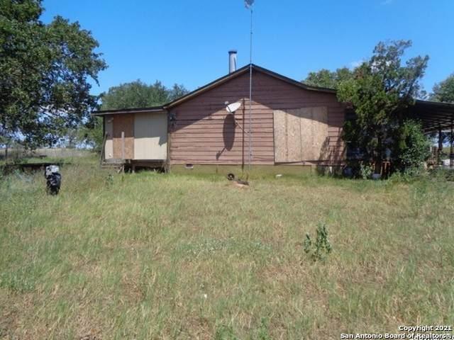 460 Woelke Rd, Seguin, TX 78155 (MLS #1476248) :: Santos and Sandberg