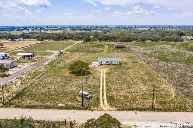 526 County Road 6723, Natalia, TX 78059 (MLS #1477427) :: REsource Realty