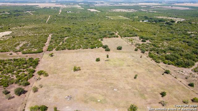1798 County Road 467, Hondo, TX 78861 (MLS #1477772) :: Maverick