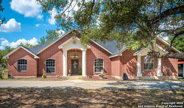121 Emerald Dr, Floresville, TX 78114 (MLS #1479065) :: Concierge Realty of SA
