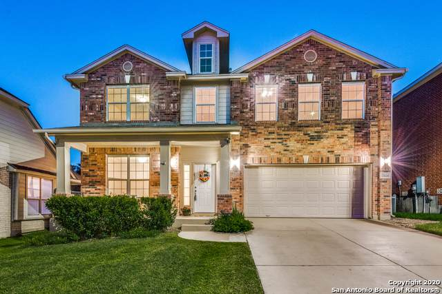 7806 Lacey Oak Cove, San Antonio, TX 78250 (MLS #1483539) :: The Real Estate Jesus Team