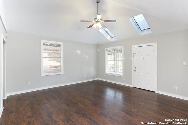 2015 Schley Ave, San Antonio, TX 78210 (MLS #1485855) :: The Mullen Group | RE/MAX Access