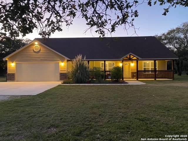 407 Shannon Ridge, Floresville, TX 78114 (MLS #1487128) :: ForSaleSanAntonioHomes.com