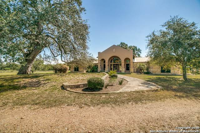 760 Dubose Ranch Rd, Westhoff, TX 77994 (MLS #1487168) :: Alexis Weigand Real Estate Group