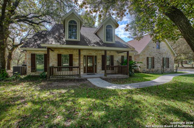 521 Rose Branch Dr, La Vernia, TX 78121 (MLS #1488604) :: Neal & Neal Team