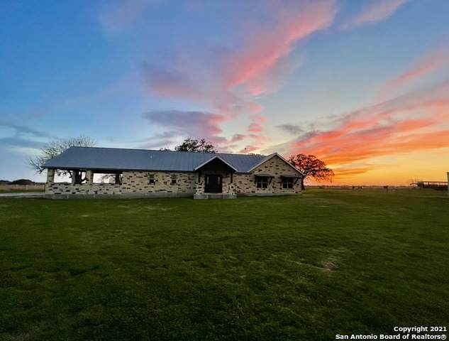 1354 County Road 215, McCoy, TX 78113 (MLS #1489001) :: The Glover Homes & Land Group