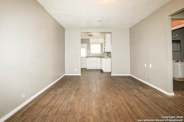 243 Prestwick Blvd, San Antonio, TX 78223 (MLS #1489129) :: Alexis Weigand Real Estate Group