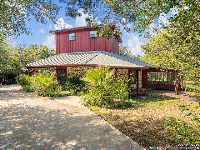 9475 Aqua Dr, Boerne, TX 78006 (MLS #1489555) :: Alexis Weigand Real Estate Group