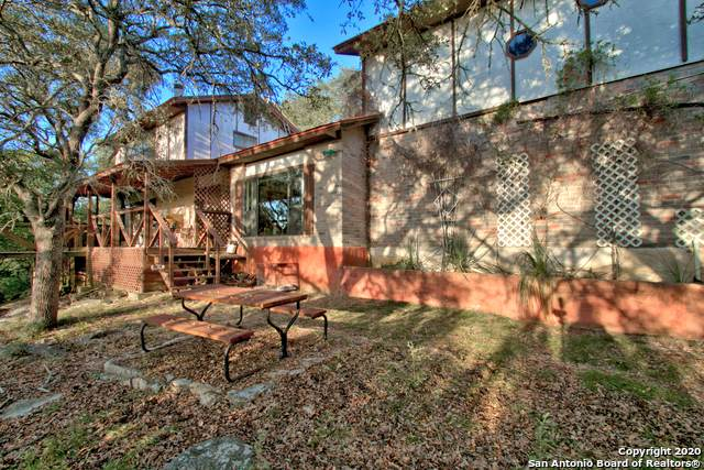 32766 Flat Rock View, Bulverde, TX 78163 (MLS #1491616) :: Maverick