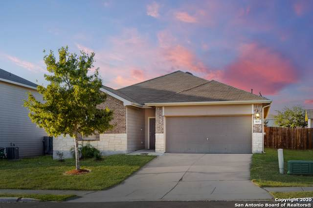 835 Lee Trevino, San Antonio, TX 78221 (MLS #1492238) :: The Glover Homes & Land Group