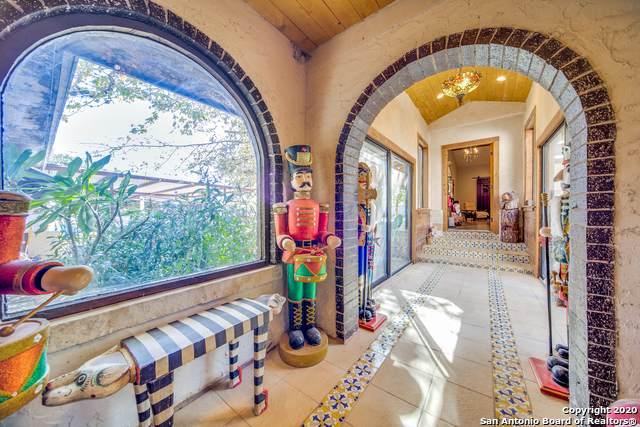319 Los Indios Ranch Rd, Boerne, TX 78006 (MLS #1493559) :: The Castillo Group