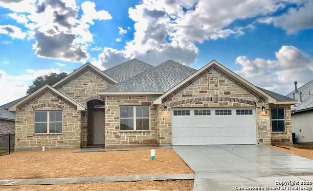 111 La Cima, Boerne, TX 78006 (MLS #1494128) :: Alexis Weigand Real Estate Group