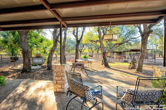 317 County Road 4314, Hondo, TX 78861 (MLS #1495366) :: The Glover Homes & Land Group