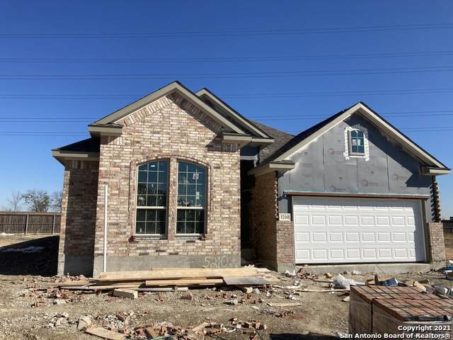 5210 Village Park, Schertz, TX 78124 (MLS #1495616) :: Tom White Group