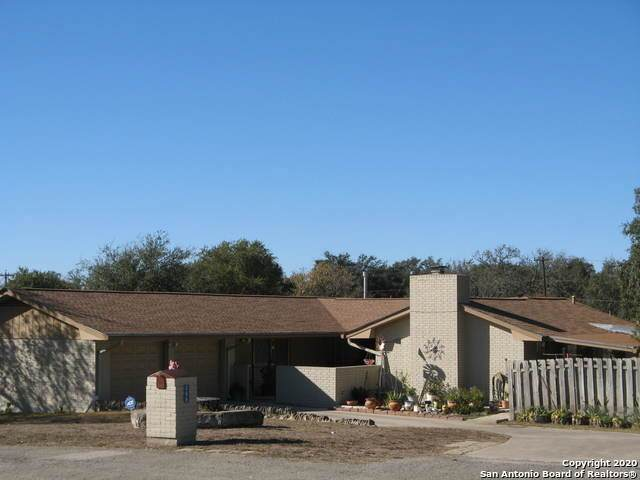 288 Avenue M, Hondo, TX 78861 (MLS #1495898) :: The Rise Property Group
