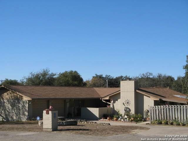 288 Avenue M, Hondo, TX 78861 (MLS #1495898) :: Real Estate by Design
