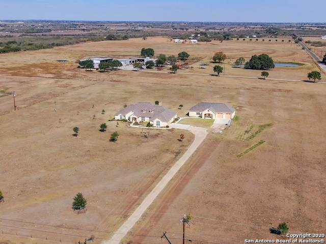 532 N Graytown Road, St Hedwig, TX 78152 (MLS #1497990) :: The Castillo Group