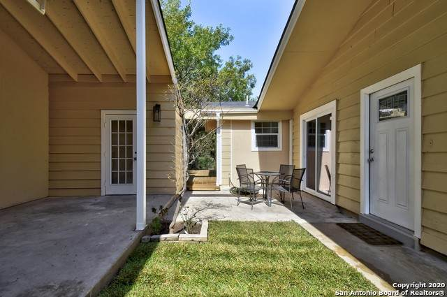 8327 White Oak, San Antonio, TX 78230 (MLS #1499230) :: Alexis Weigand Real Estate Group