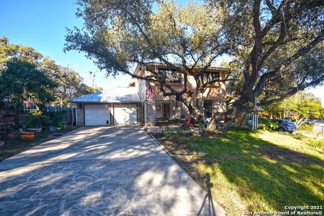 8323 Timberwilde St, San Antonio, TX 78250 (MLS #1499943) :: BHGRE HomeCity San Antonio