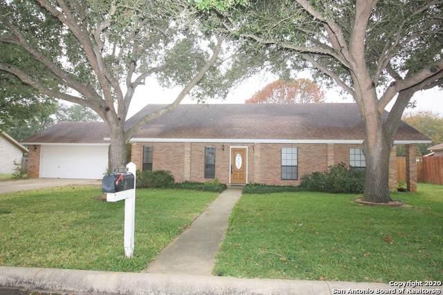 119 Weese Ln, Pleasanton, TX 78064 (MLS #1500897) :: The Glover Homes & Land Group