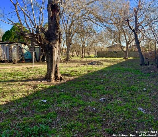 7755 W Dixon Rd, Somerset, TX 78069 (MLS #1502814) :: The Rise Property Group