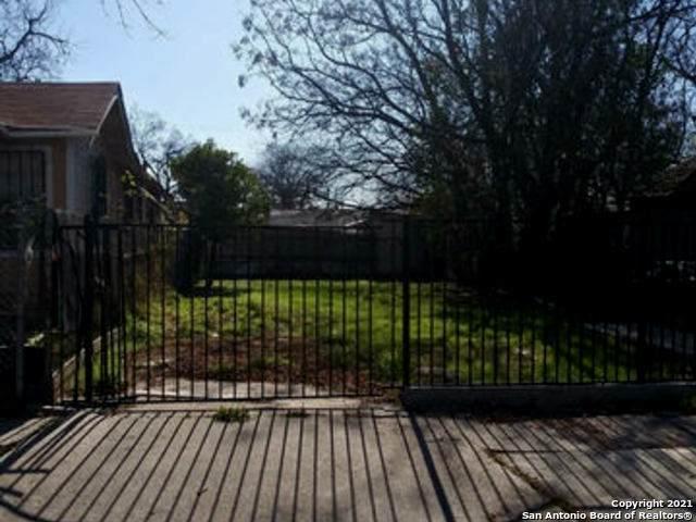 944 Delgado St, San Antonio, TX 78207 (MLS #1503238) :: Real Estate by Design