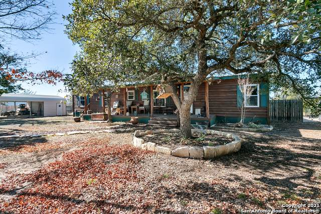 3299 Broad Oak Dr, Bandera, TX 78003 (MLS #1504517) :: Vivid Realty