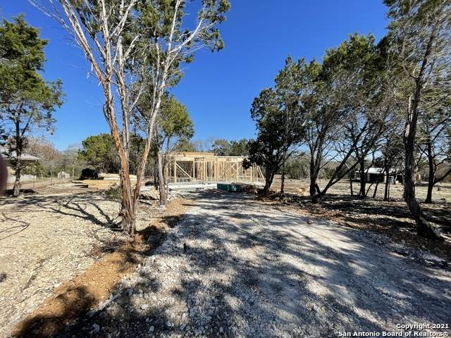 106 Roaring Creek Dr, Boerne, TX 78006 (MLS #1505181) :: Williams Realty & Ranches, LLC