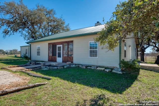 1141 Fm 3240, Bandera, TX 78003 (MLS #1505603) :: Williams Realty & Ranches, LLC