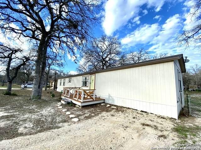 23307 Skila Dr, Elmendorf, TX 78112 (MLS #1505667) :: The Rise Property Group