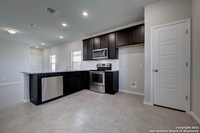 9918 Rancho Real Rd, San Antonio, TX 78224 (MLS #1505800) :: Real Estate by Design