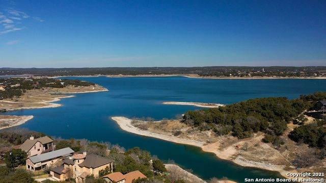 523 Riviera Dr, Canyon Lake, TX 78133 (MLS #1506976) :: Vivid Realty